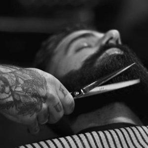 Caspa en la barba